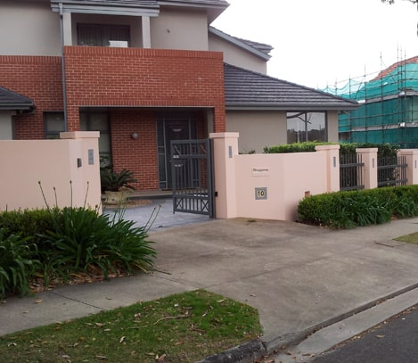 Painter Frenchs Forest